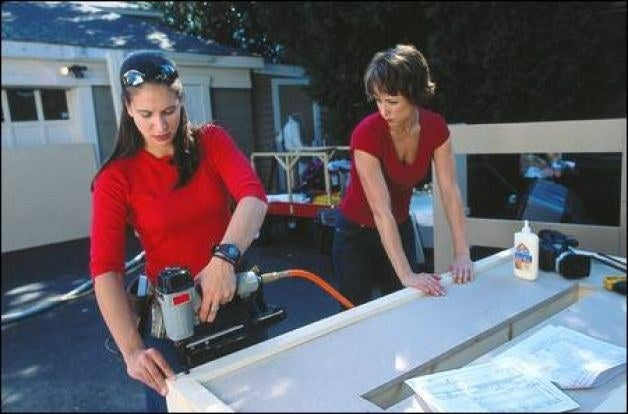 """In the """"home improvement"""" genre of reality TV, one of the first and best series was Trading Spaces, in which two pairs of neighbors switched homes for two days and redid a room in their neighbor's home with the help of a designer. Host Paige Davis brought a sense of vibrancy and fun to the proceedings, helping to assuage homeowners' fears about the renovations going on in their own home. Plus, who doesn't want to see what kind of hilariously terrible designs Hildi Santo-Tomas could come up with using modern technology?"""