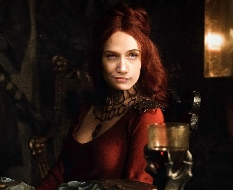 Camila Morgado como Melisandre.