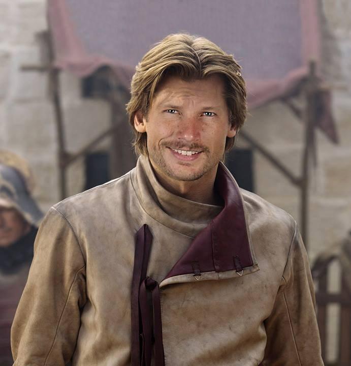 Rodrigo Hilbert é o galã Jaime Lannister.
