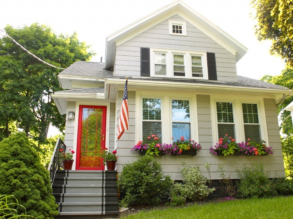 Lovely Small Home Curb Appeal Part - 9: It Gives Stairs A Little More Character, PLUS You Donu0026#x27;t Have