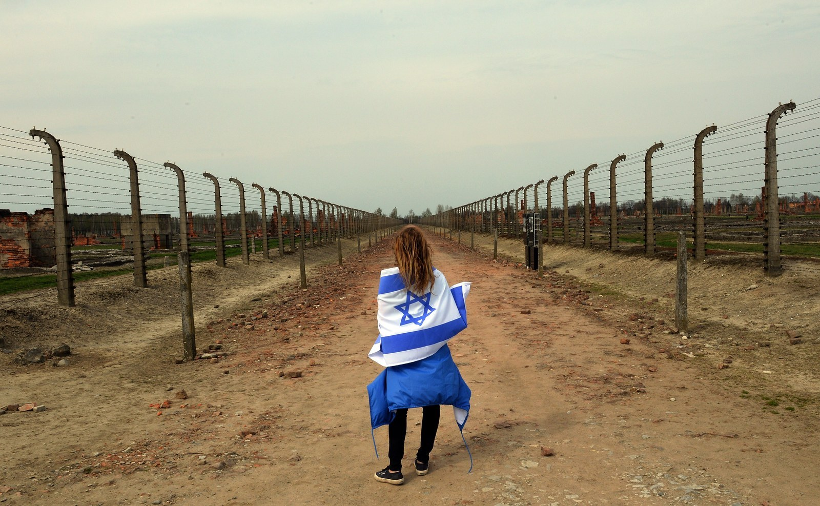 Holocaust Remembrance Day 2015 - Learn in Color