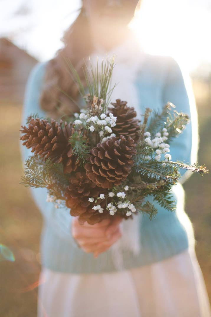 21 Stunning Nontraditional Wedding Bouquets