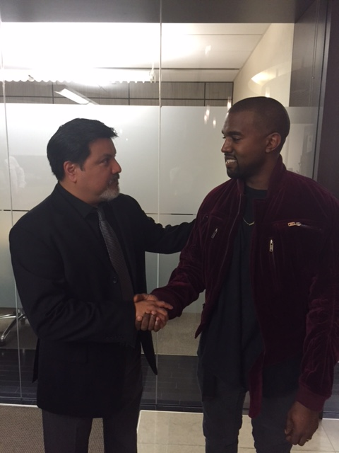 Kanye West Apologized To The Paparazzo He Attacked