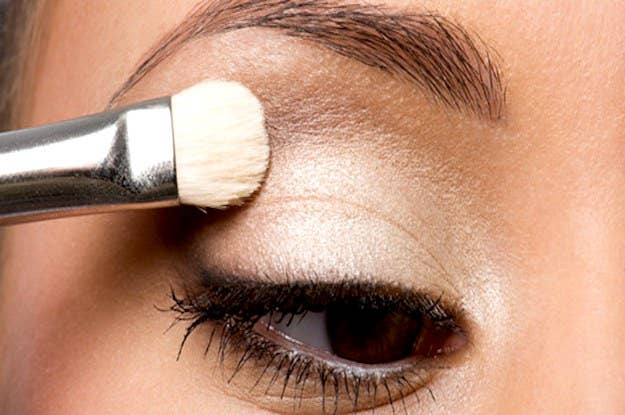 These 10 Basic Eye Makeup Styles Will Give You Life