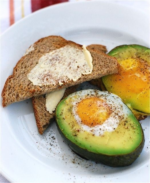 So simple. So good. And includes 21 grams of protein. Get the recipe here, via Lui in Cucina.
