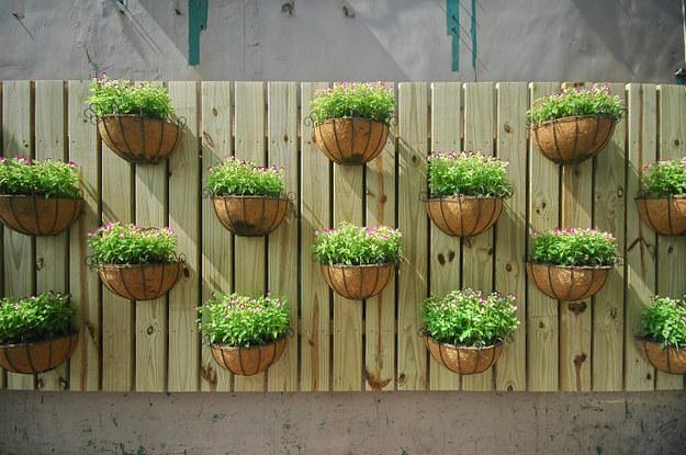 17 ideas geniales para el jard n en espacios peque os for Ideas para el jardin reciclando