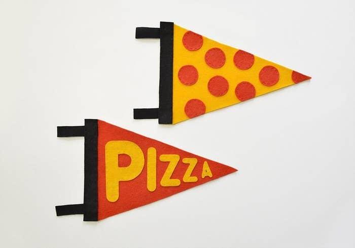 Vamos pedir pizza, vamos! Vamos pedir pizza, vamos!Tutorial completo em Fairgoods.