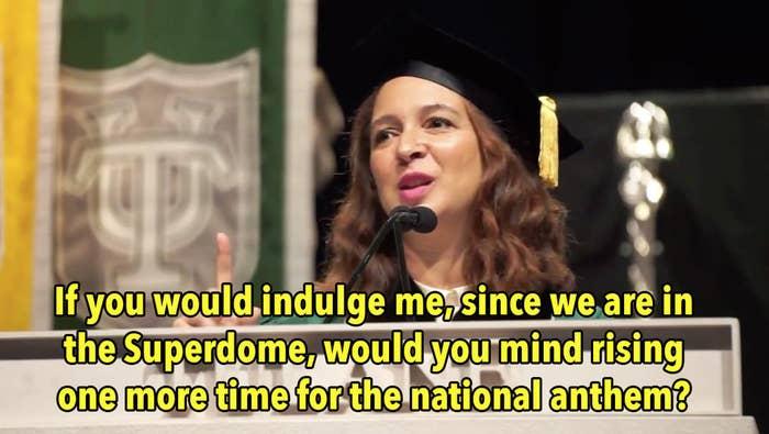 Maya Rudolph Added Beyoncé Lyrics To The National Anthem And