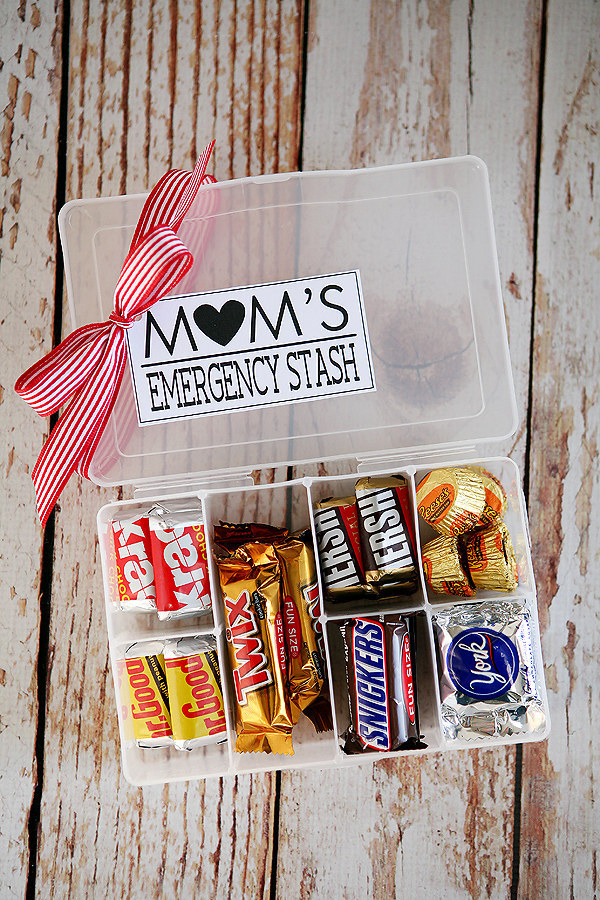 Gift For Mom On My Wedding Day : 20. Or fill a container with special treats just for her.