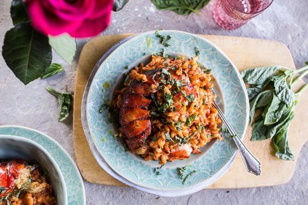 Otra manera fácil de preparar langosta (y *se ve * de lujo, por lo que podrás impresionar a todos sin esfuerzo). Obtén la receta .