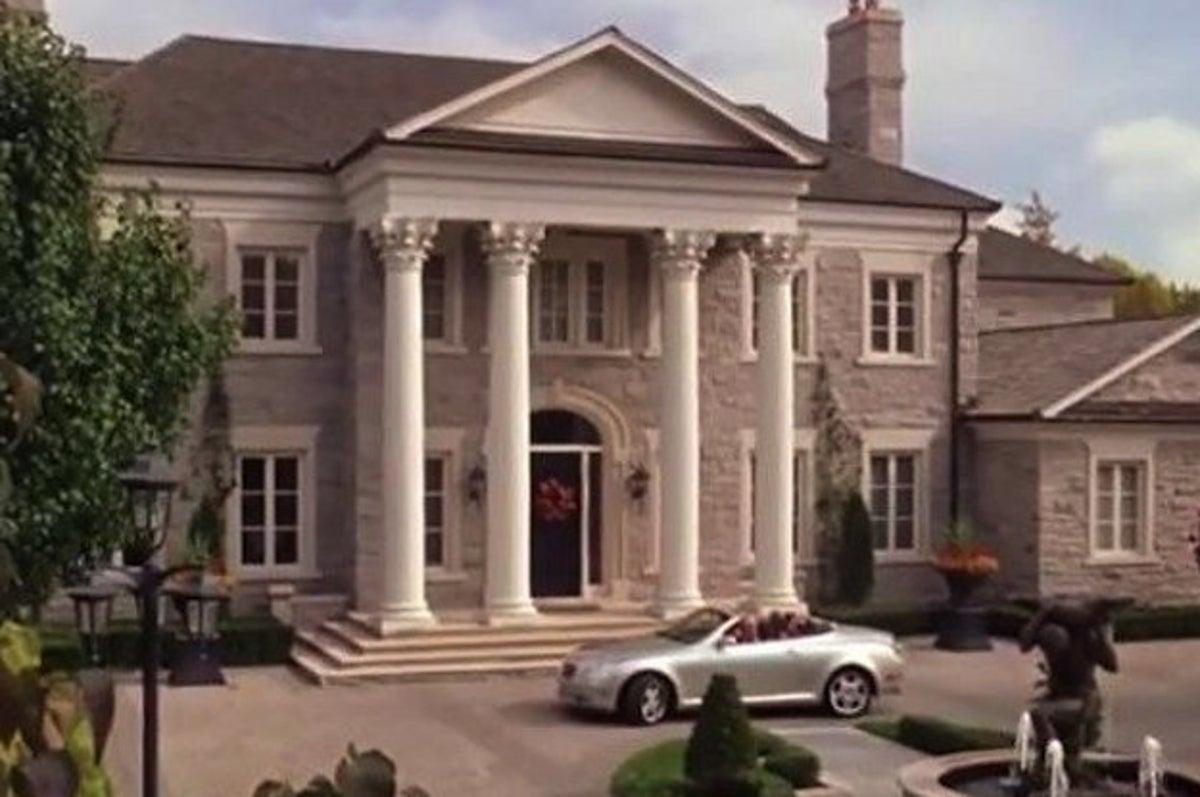 Ahora Puedes Comprar La Famosa Mansion De Mean Girls Por 15 Millones