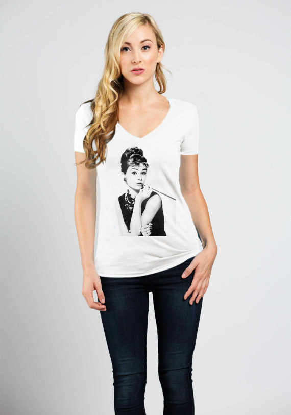 This simple T-shirt with Audrey's famous pose: