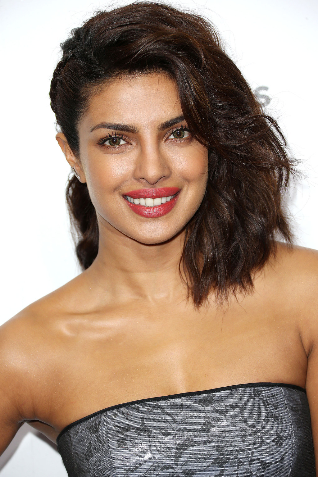 Priyanka Chopra Is Furious At Hollywood's Stereotypes About Indians