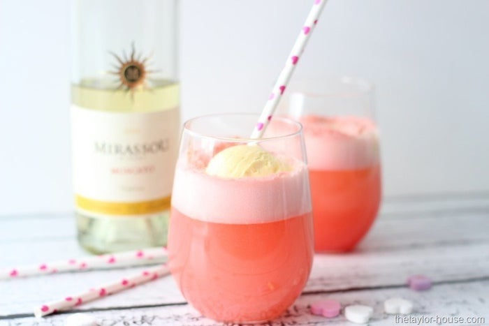 Who knew Moscato could be even sweeter? Find the recipe here.
