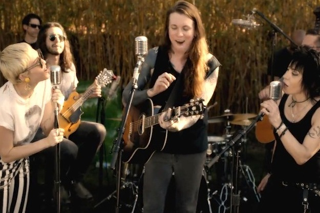 Watch Miley Cyrus Rock Out With Joan Jett And Laura Jane Grace