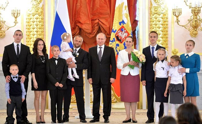 Vladimir Putin Hosts The Most Awkward Family Reunions