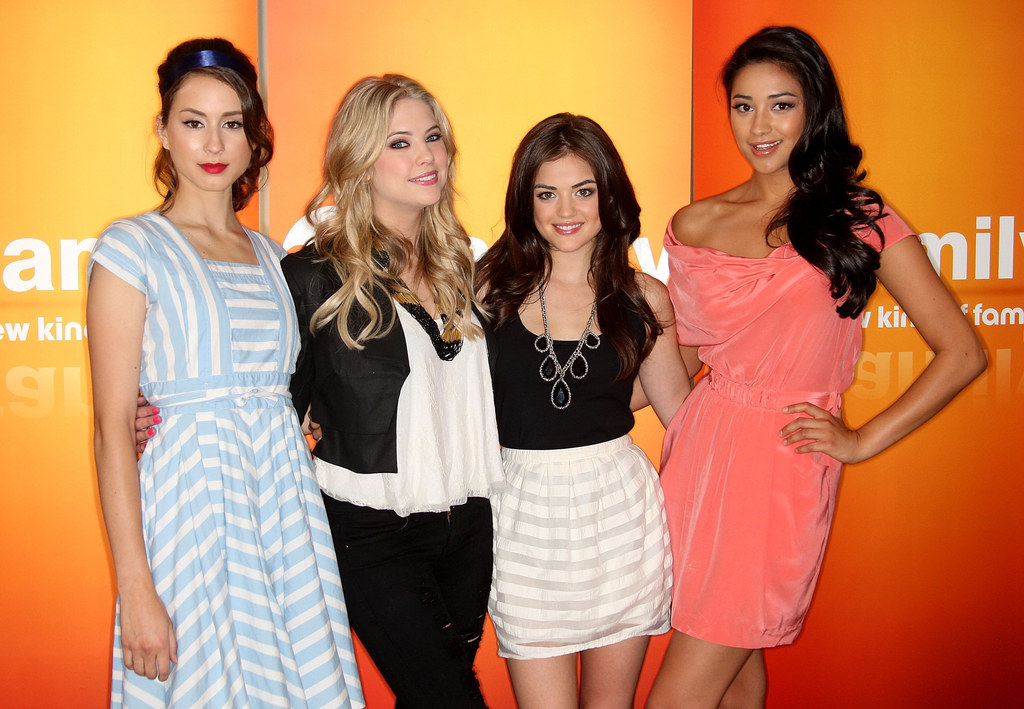 "It's The Beginning Of The End For ""Pretty Little Liars"""