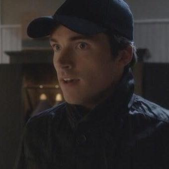 """""""A"""" red herring Ezra (Ian Harding) in Season 4."""