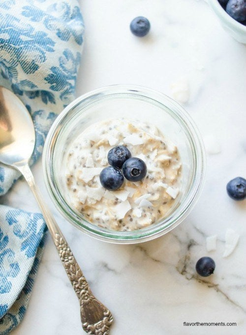 Chia AND oats? This breakfast will definitely fill you up.