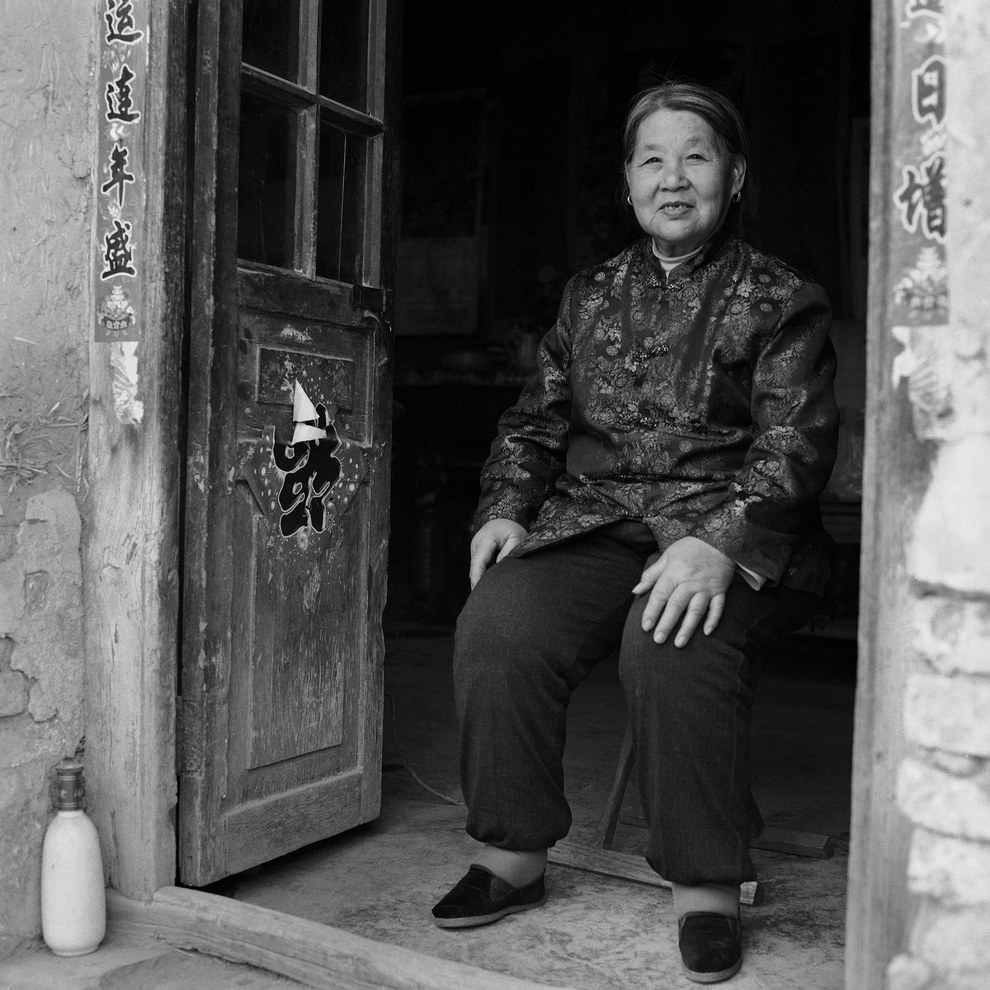 """My translator's grandmother (Su Xi Rong, pictured) also had bound feet and lived 60km away. So I went to her home and she became part of the project too."""