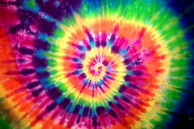 15 Things That All Trippy Tie Dye Lovers Need