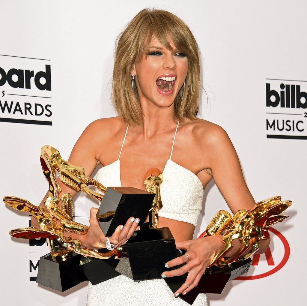 Apple Changes Streaming Music Policy After Taylor Swift Open Letter