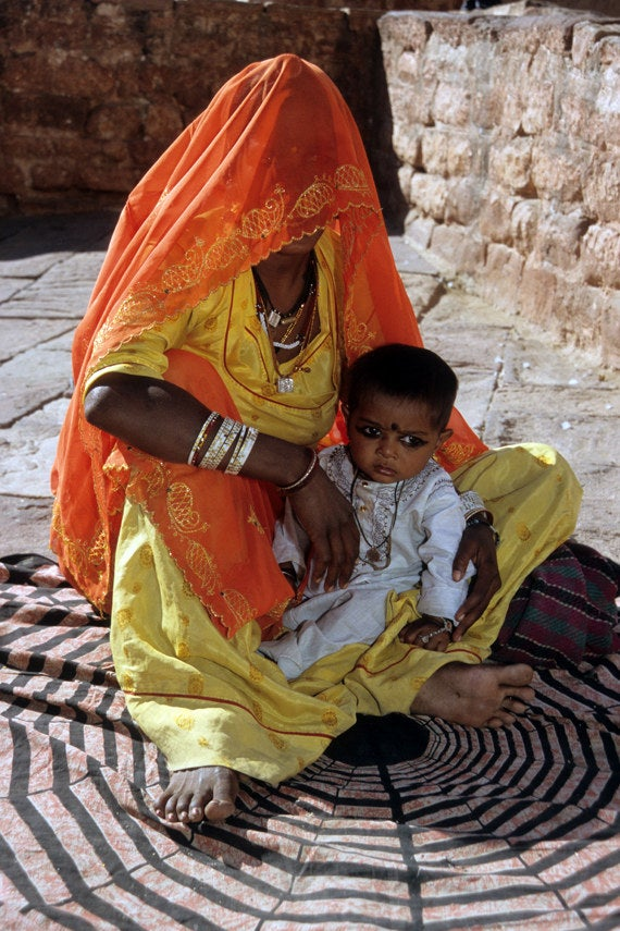 Beggar & Child / Jodipur, India / 2005