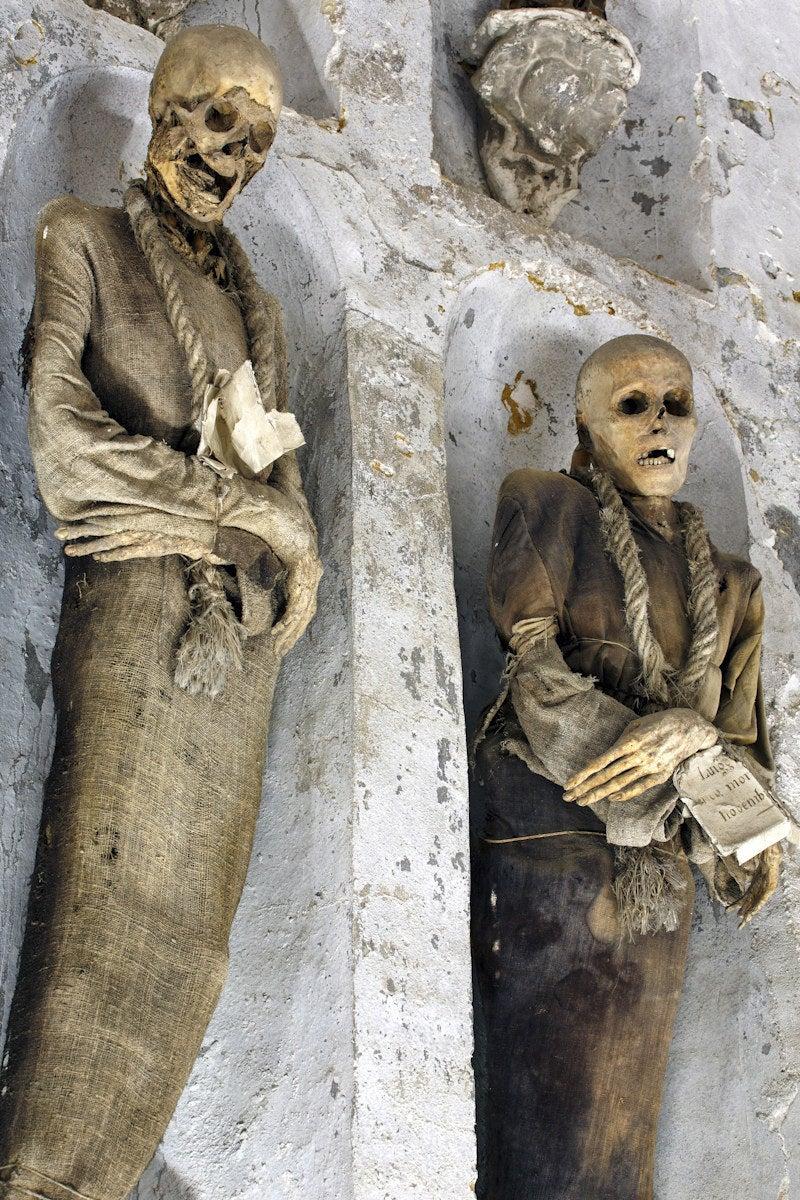 Palermo priest mummies.