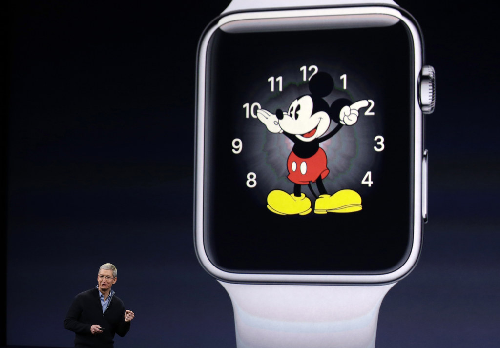 Here's When You Can Buy An Apple Watch In An Apple Store