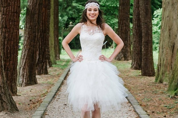 17 Brides Rocking Short Wedding Dresses