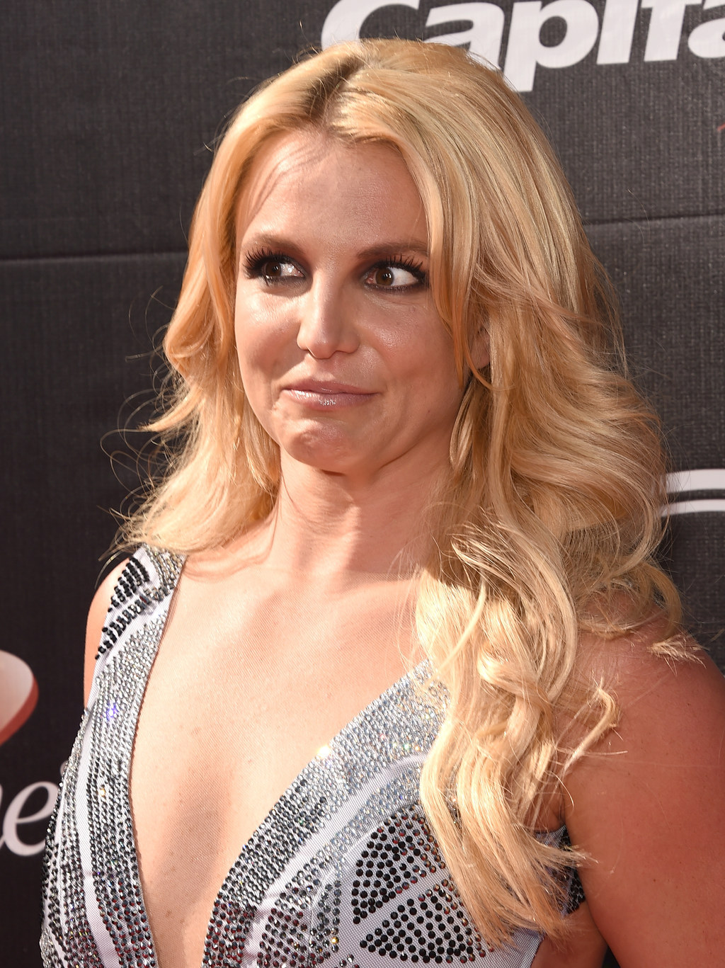 13 Faces Britney Spears Made At The ESPYs That Will Give You Life