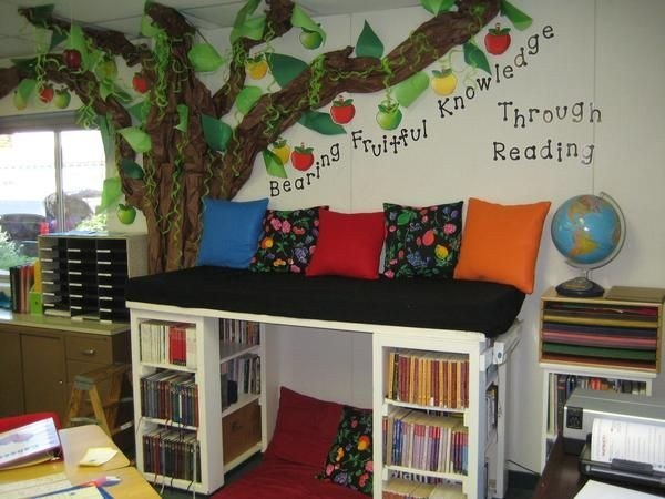 Double-Decker Reading Nook