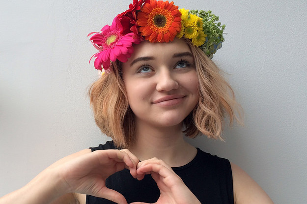 Here's How To Actually Make A Gorgeous Flower Crown