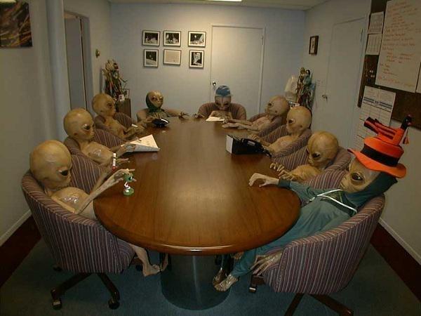"""""""Desculpa, tava em uma reunião""""."""