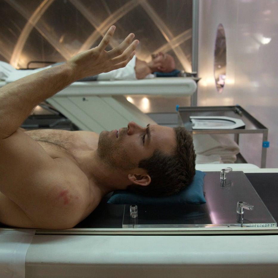 Ryan Reynolds in Self/less.