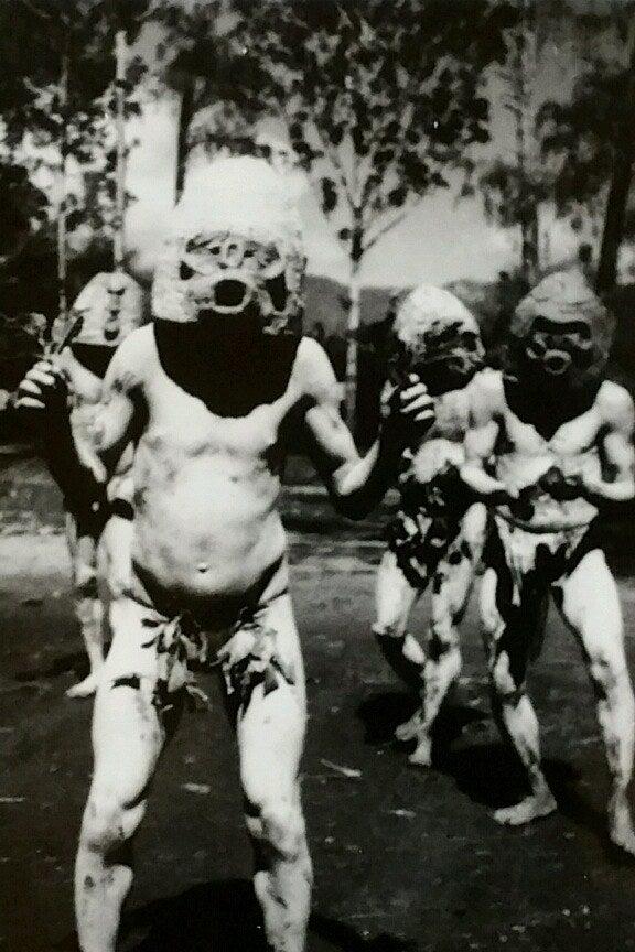 Mud Men / New Guinea / 1971