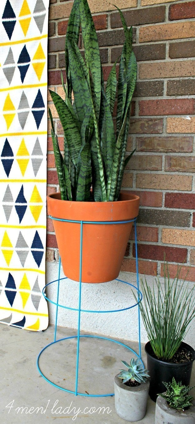 19 genius ways to turn your tiny outdoor space into a relaxing nook