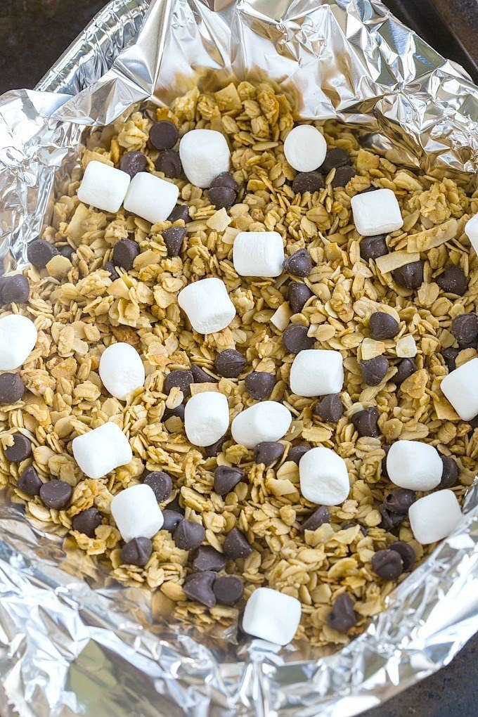 S'mores for breakfast is completely acceptable, IMO. Get the instructions.