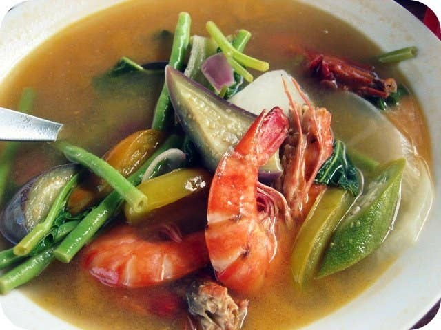 17 delicious soups thatll make you grateful for the rain the holy grail of filipino soup dishes you canx27t go wrong forumfinder Gallery