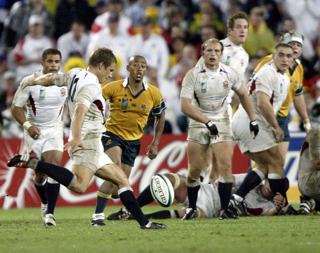Jonny Wilkinson kicking the drop goal that won England the 2003 Rugby World Cup final against Australia