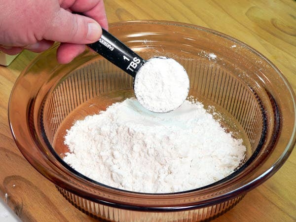 Apply it to the bleeding nail with a cotton swab — the paste will coagulate the blood and stop it from flowing. If you're out of cornstarch, try flour or baking soda instead.