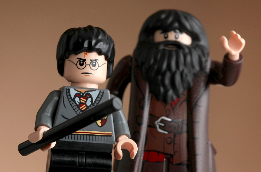 This Photographer Combines Fandom And Legos In The Best Way Ever