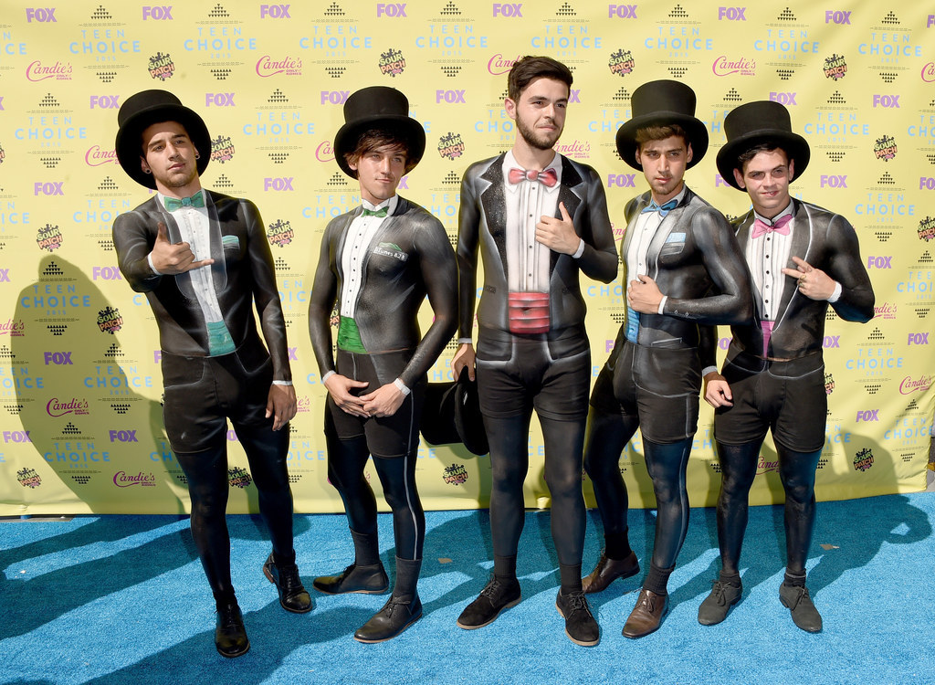All The Looks From The 2015 Teen Choice Awards Red Carpet