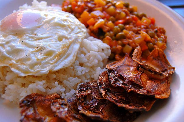 21 delicious filipino breakfasts that are actually hangover cures what it is sun dried rabbitfishwhy itx27s awesome forumfinder Images