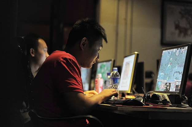 """Chinese Internet Is Very, Very Quiet After China Arrested 15,000 For """"Internet Crimes"""""""