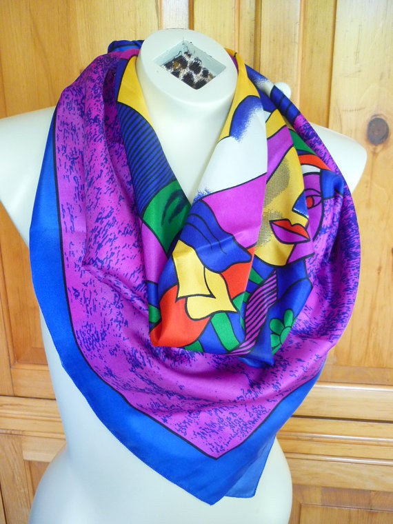 Show your love for all that is abstract with this cute Picasso style scarf.