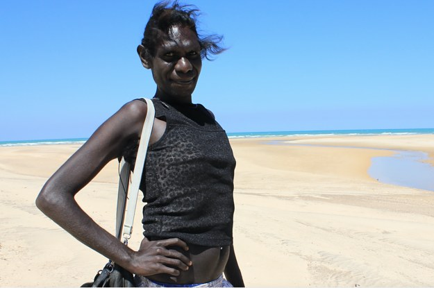 the tiwi people Situated 60 kms to the north of darwin, melville and neighbouring bathurst island are collectively known as the 'tiwi islands' the home of the tiwi people and the.