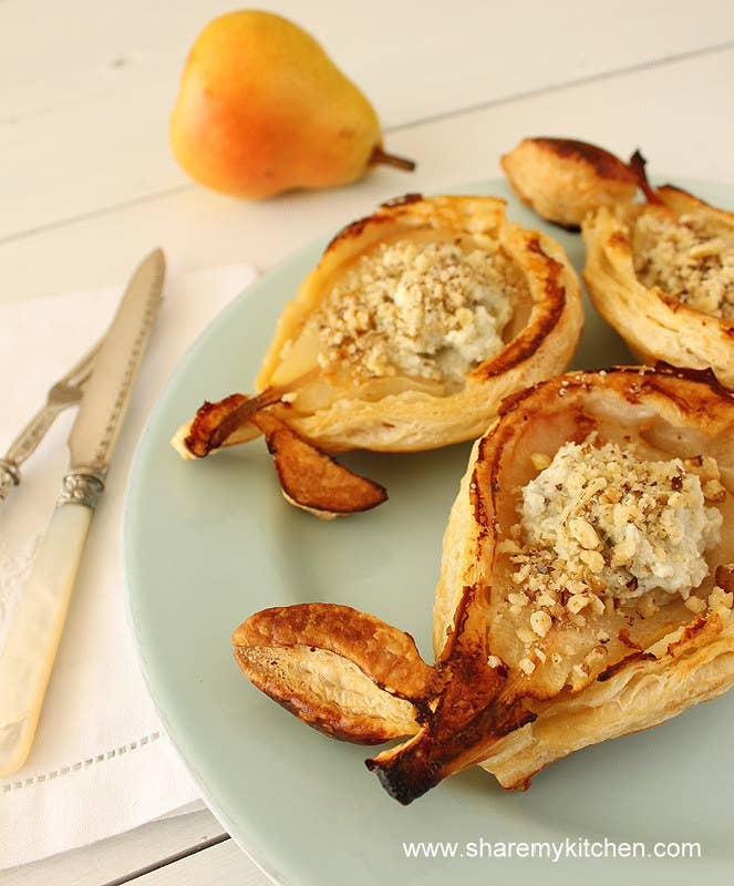Everyone will go crazy over these individual pear pies. Recipe here.