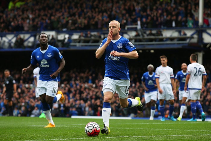 Steven Naismith came on as a sub after just nine minutes, replaced the injured Besic. And it wasn't long before he found the back of the net after a superb piece of skill and a cheeky one-two.