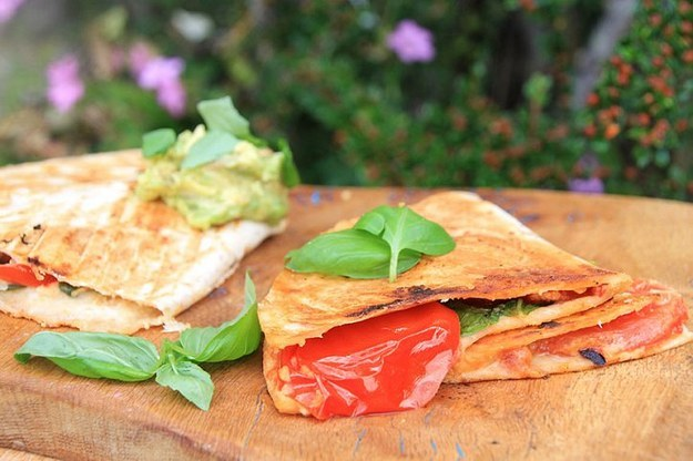 "Why Now Is The Right Time For Colorful Autumn Vegan Recipes-Cheeseless ""Cheesy"" Tomato Toasties"